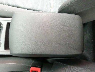 APOYABRAZOS CENTRAL SEAT LEON ST (2013 - )